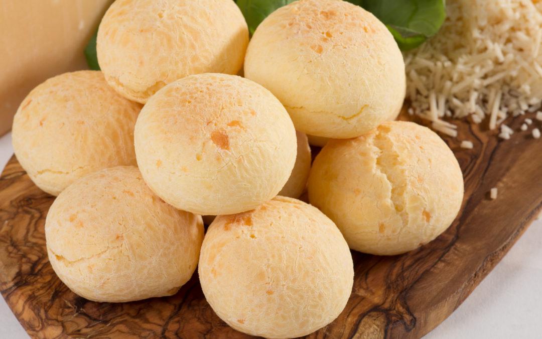 Cheenies: What is pão de queijo?